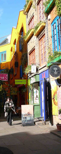 Neal's Yard from Shorts Gardens entrance